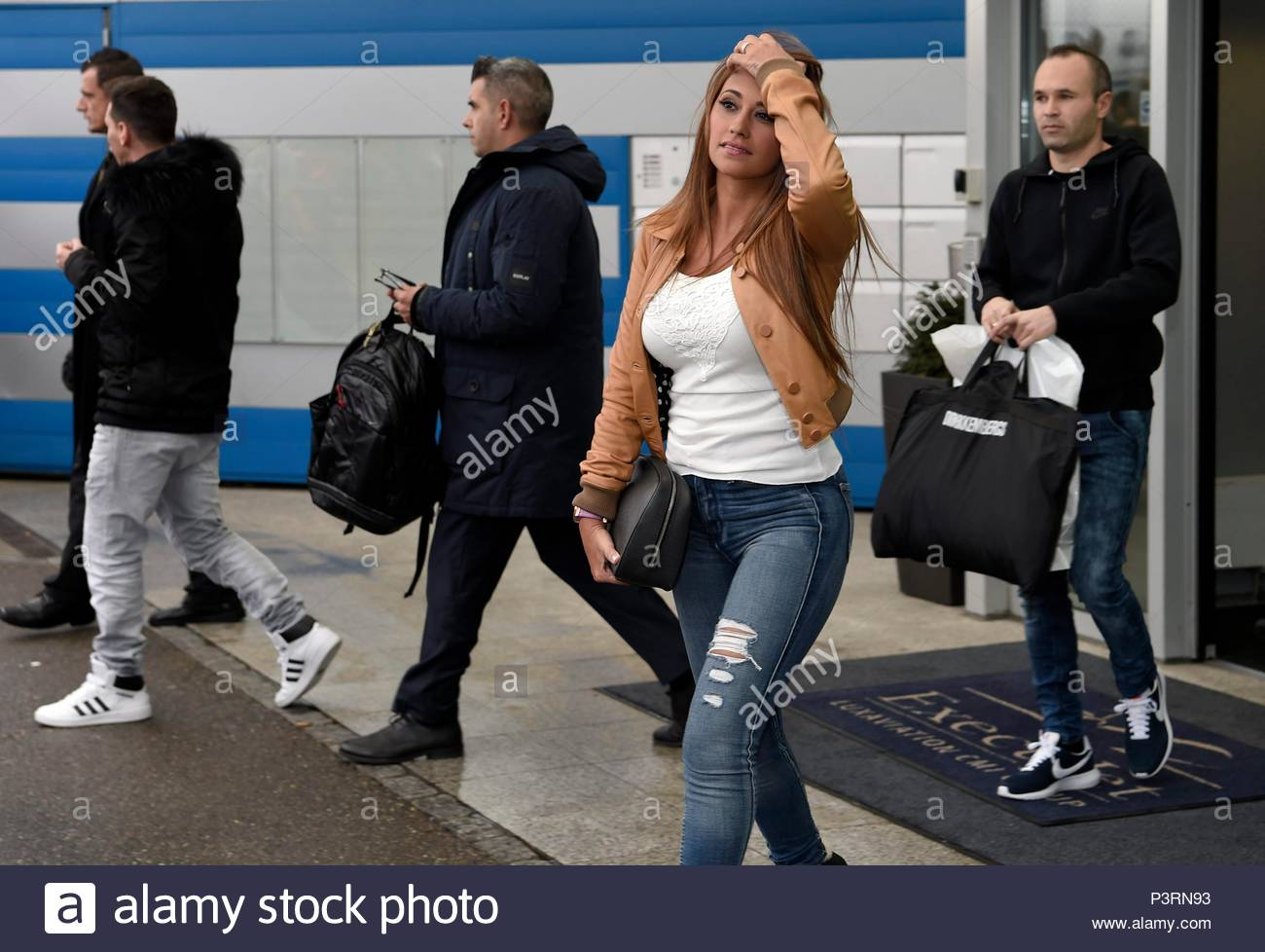 wife of Lionel Messi. 11JAN2016 Soccer stars arriving at Zurich airport for the FIFA Ballon d'Or Gala 2015 at the Kongresshalle in Zurich. - Stock Image
