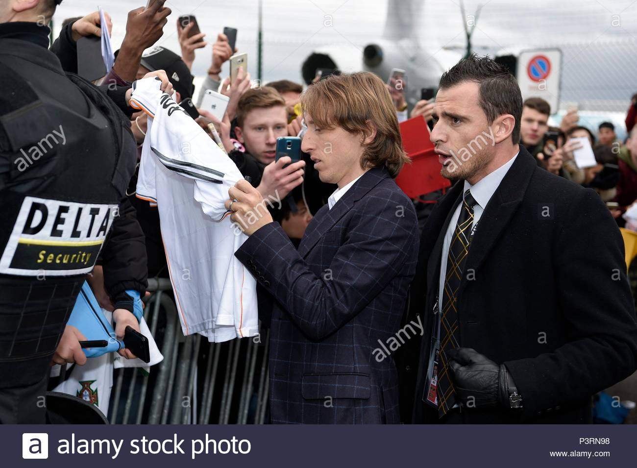 Luka Modric. 11JAN2016 Soccer stars arriving at Zurich airport for the FIFA Ballon d'Or Gala 2015 at the Kongresshalle in Zurich. - Stock Image