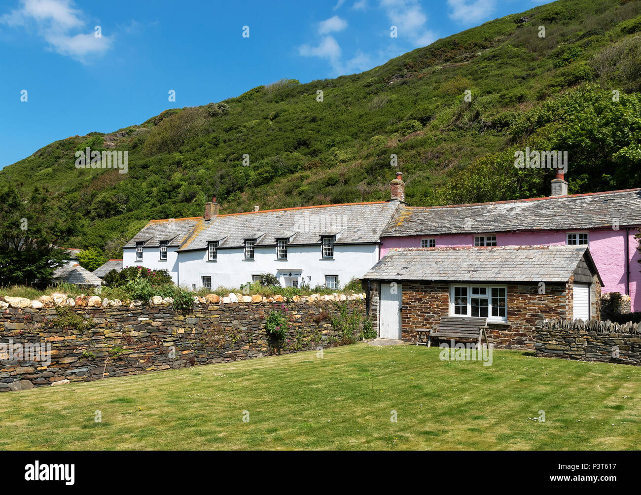 traditional cottages in the village boscastle, cornwall, england, britain, uk. - Stock Image