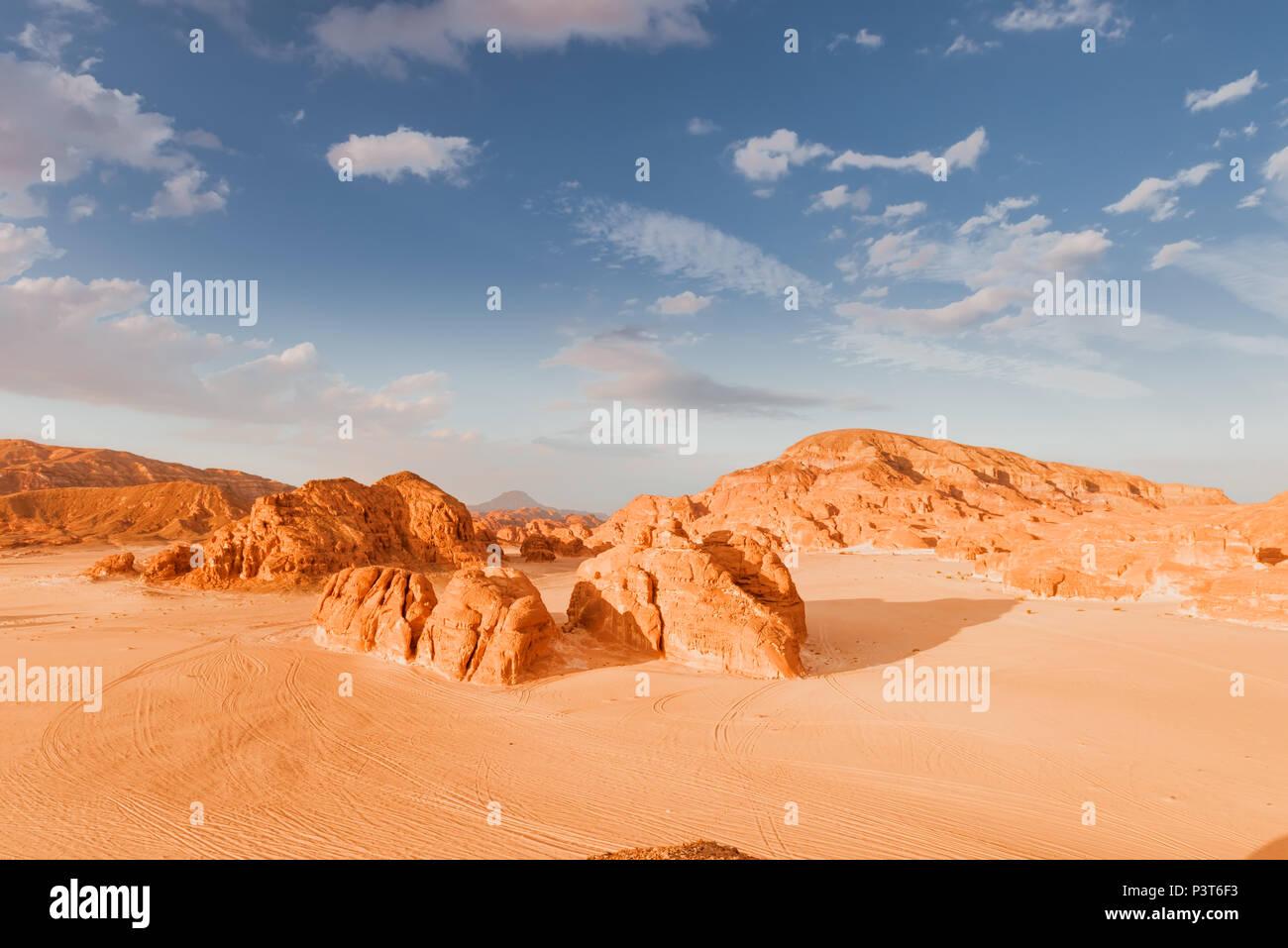 Sandy desert in Egypt at sunset - Stock Image