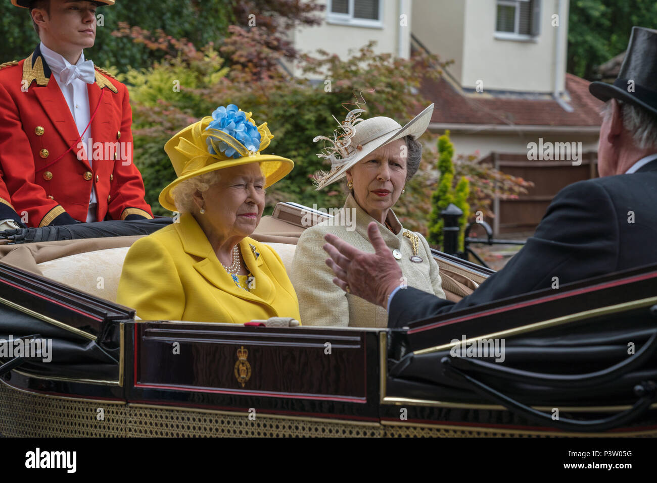Royal Ascot, Berkshire, UK. 19th Jun, 2018. The Queen and Princess Anne in the Royal Ascot Carriage Procession Credit: Chris Miller/Alamy Live News - Stock Image