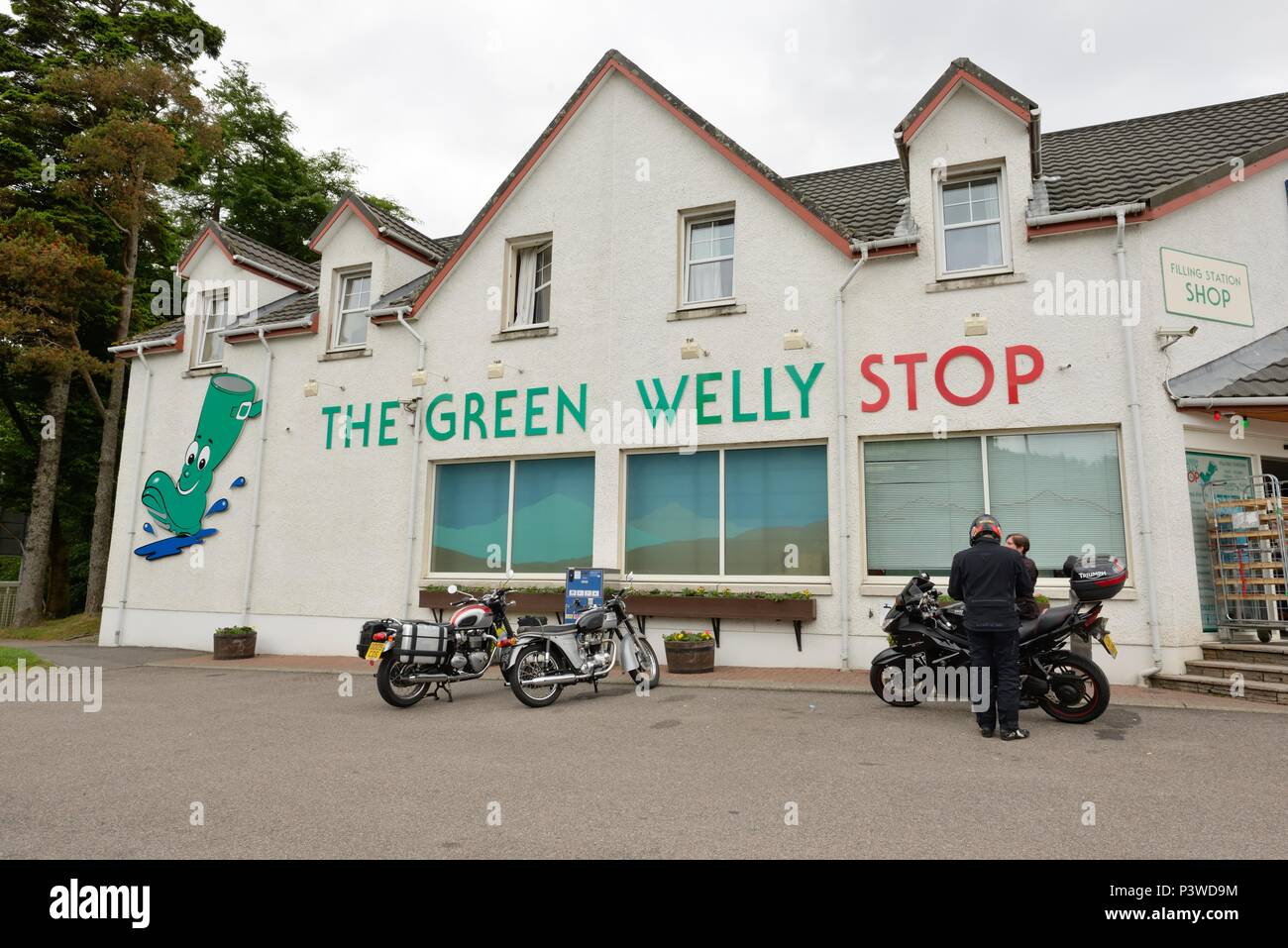 The Green Welly filling station and restaurant on the A82 at Tyndrum, Crianlarich, Scotland Uk, is a favourite stop for bikers and tourists. Stock Photo