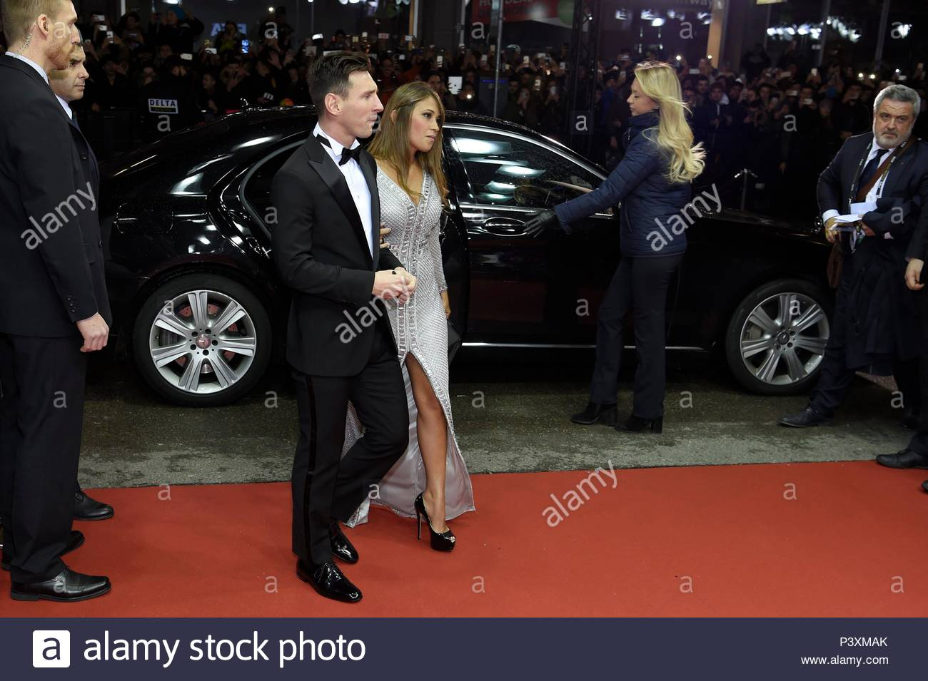 Lionel Messi and wife. FIFA Ballon d'Or Gala 2015 at the Kongresshaus in Zurich.  BALLON DOR 2015 - Stock Image