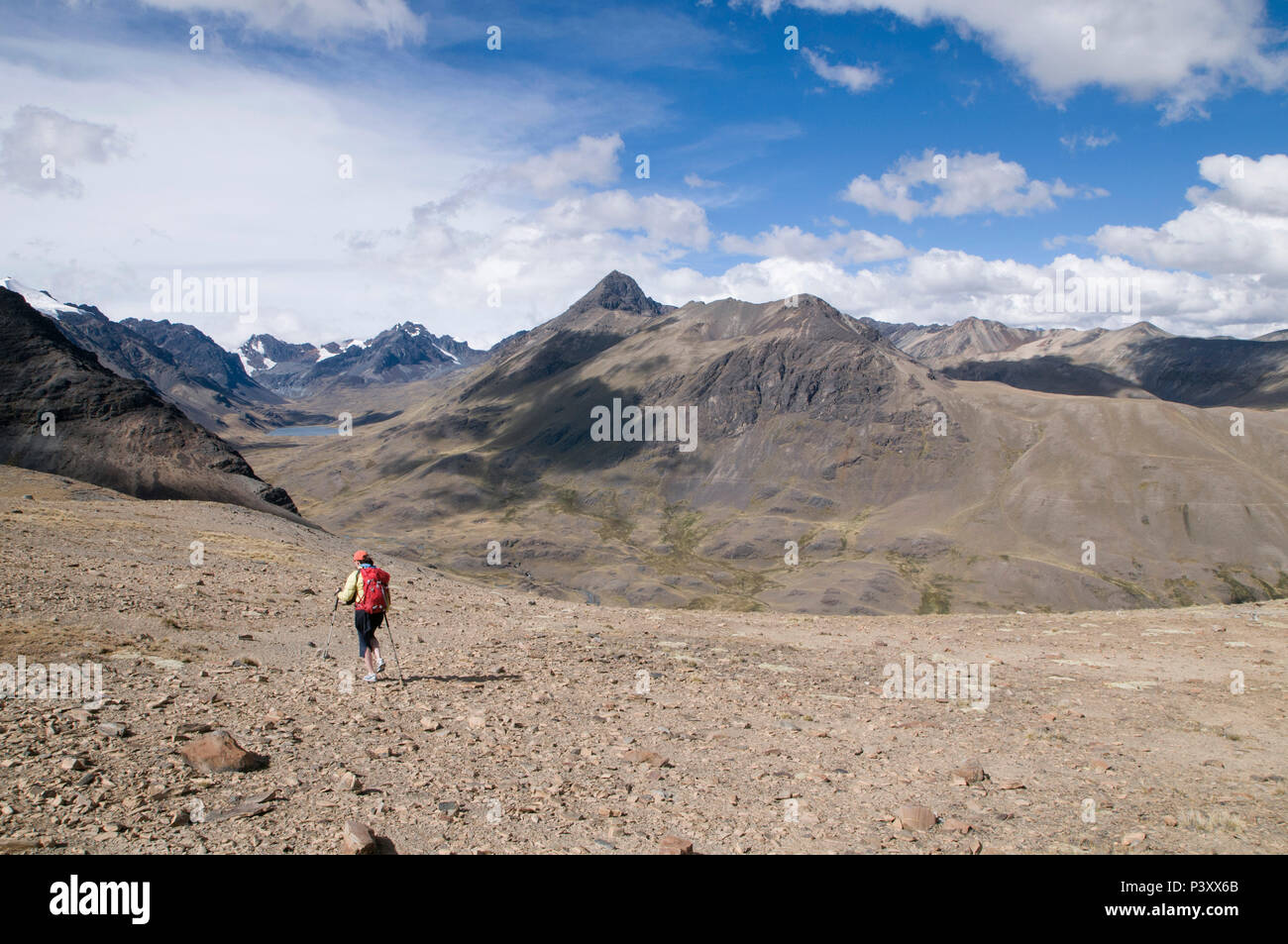 Trekking in the Cordillera Real region of the Bolivian Andes. - Stock Image