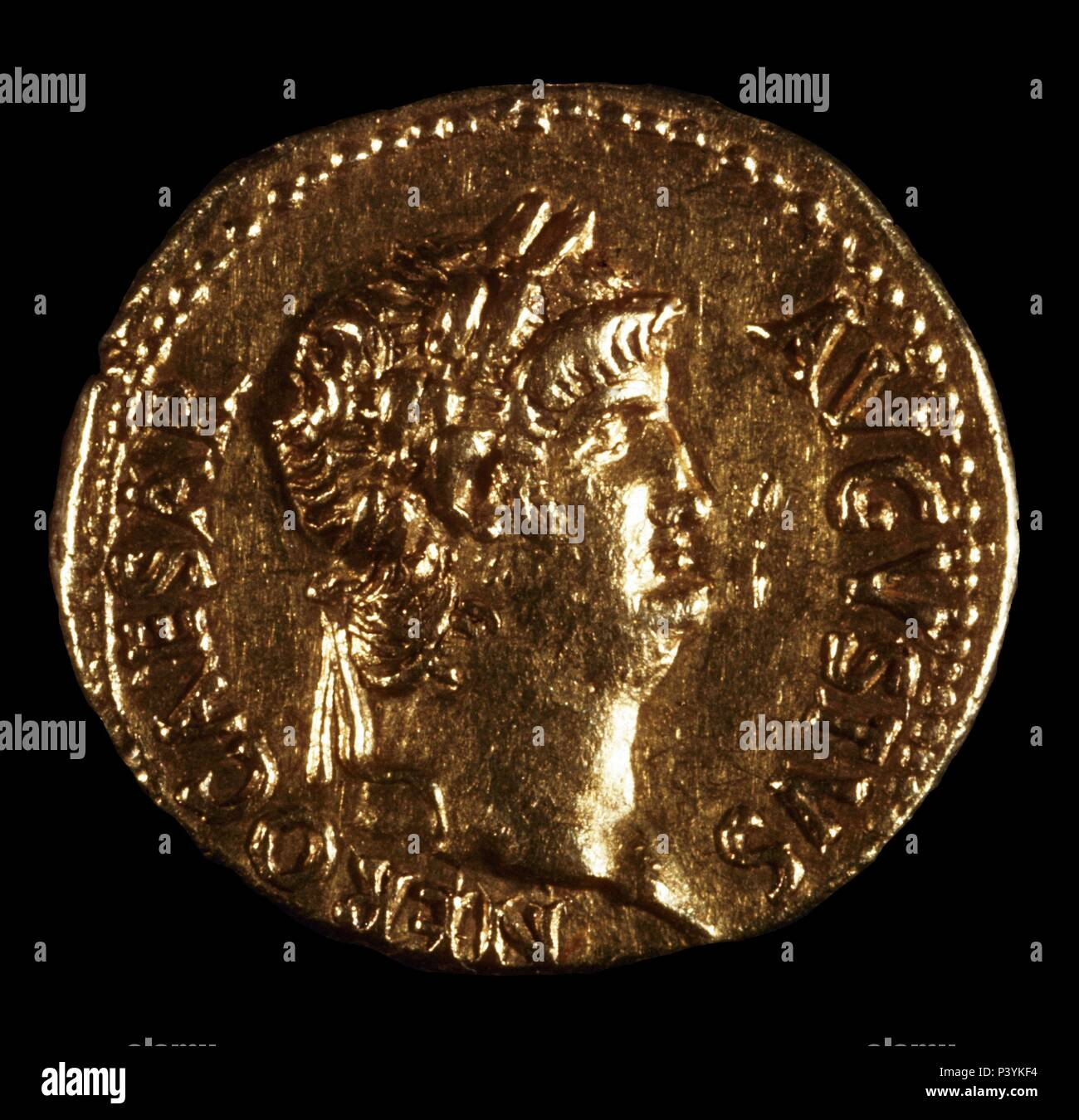Other Ancient Coins Coins & Paper Money Moneda Bronce Cesar A Wide Selection Of Colours And Designs
