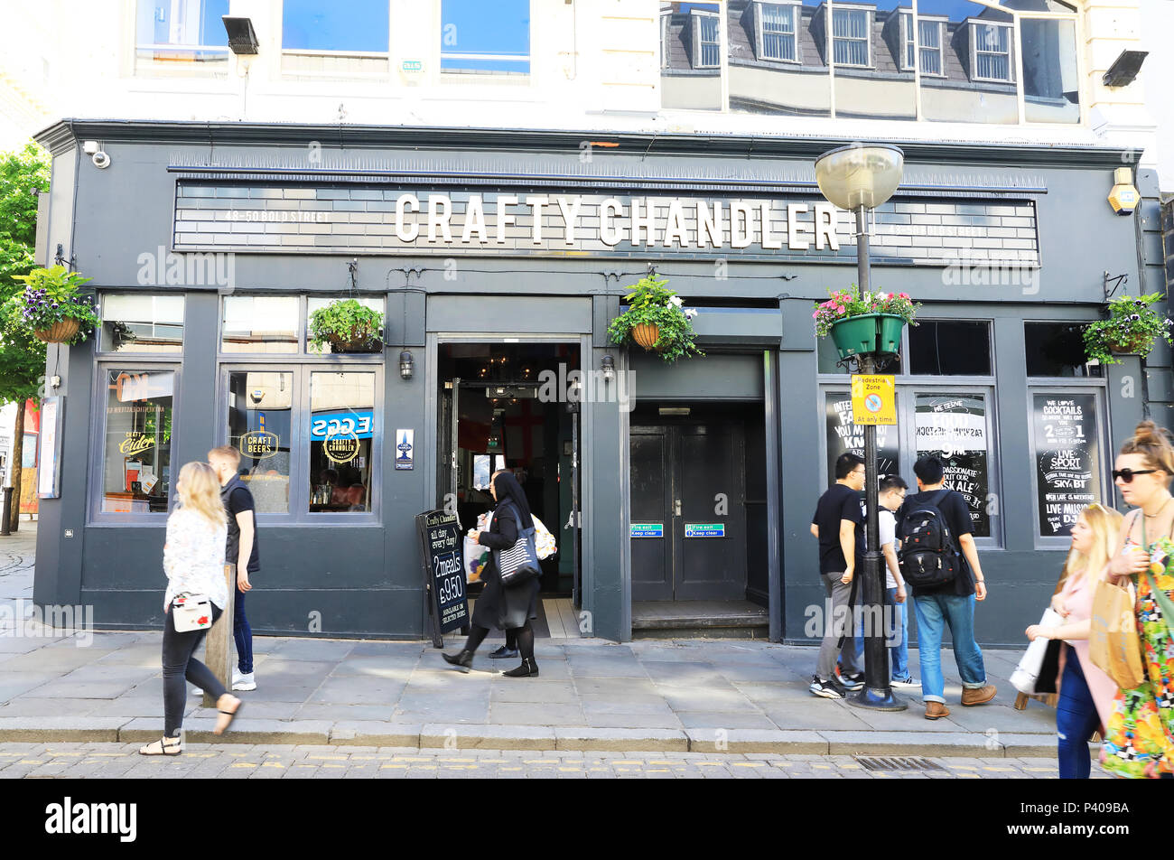 Craft Chandler pub on bohemian and fun Bold Street in Liverpool, full of independent cafes and shops, on Merseyside, in NW Englnad, UK - Stock Image