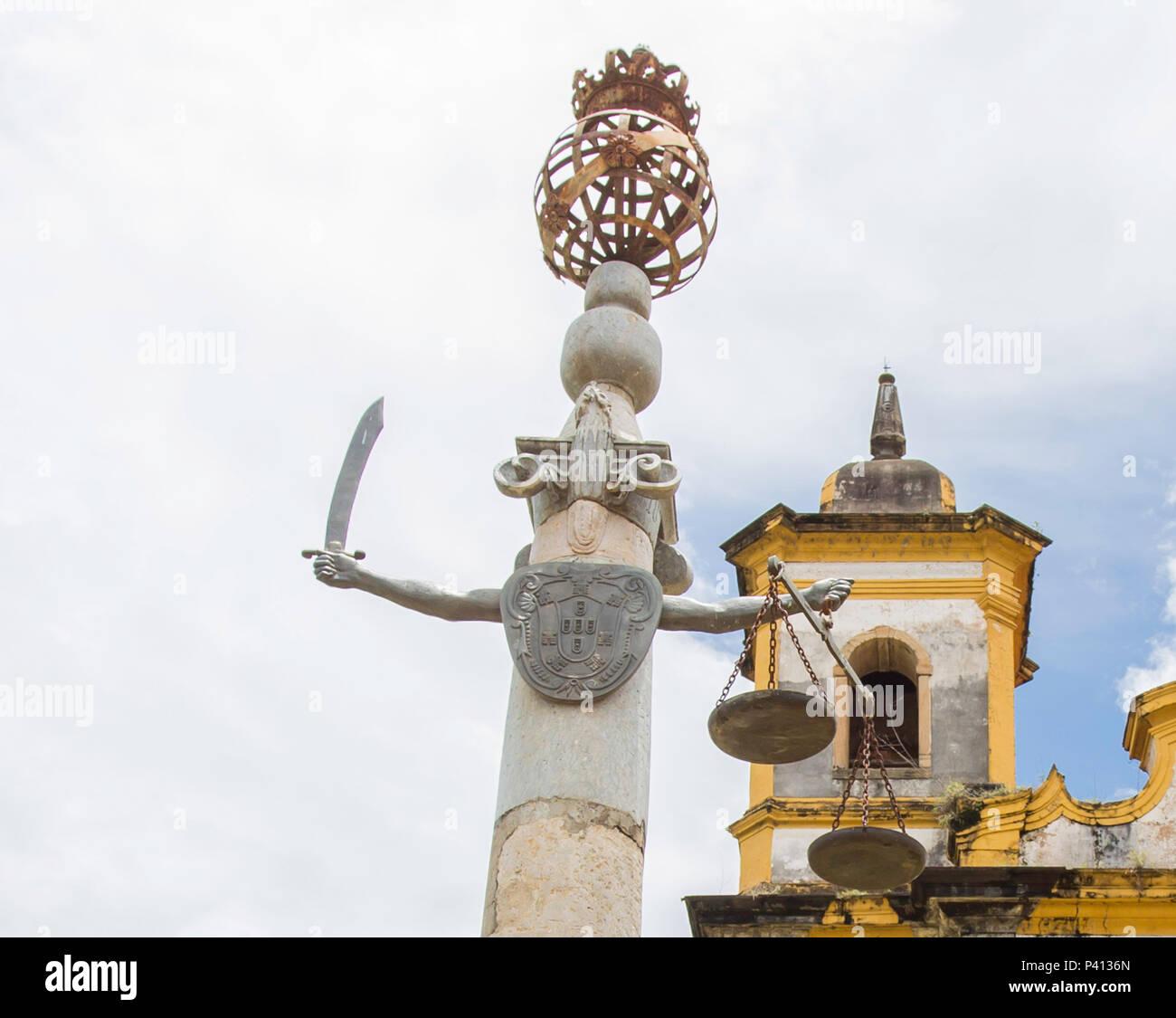 5d704c592b43d Na foto produzida nesta sexta-feira (05) vista do Pelourinho localizado na  praça Minas Gerais na cidade de Mariana (MG), o qual tem no alto um globo  ...