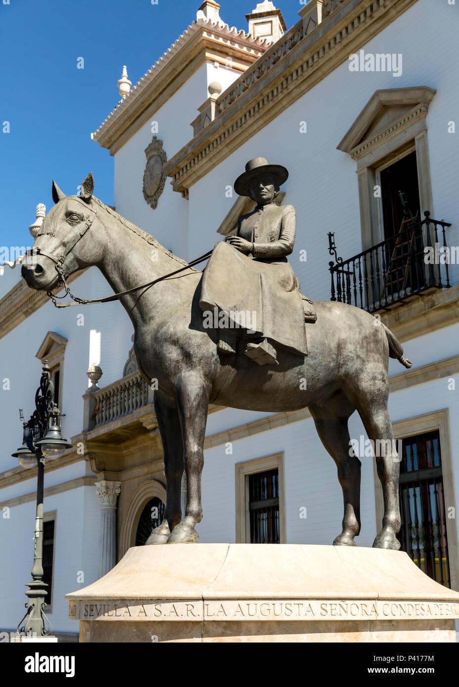 Memorial to Dona Maria de las Mercedes de Borbon (Condesa de Barcelona) outside the Bullring, Plaza de Toros, Seville, Andalusia, Spain. Stock Photo