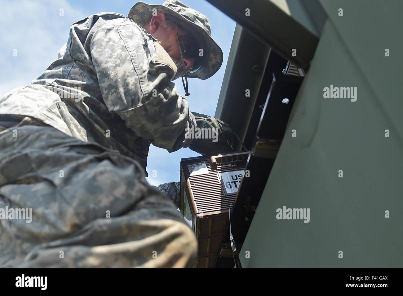 Atalas for battur i militar marinbas