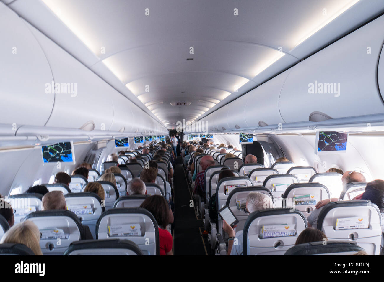 Airbus A321 Interior Stock Photo: 209018590 - Alamy