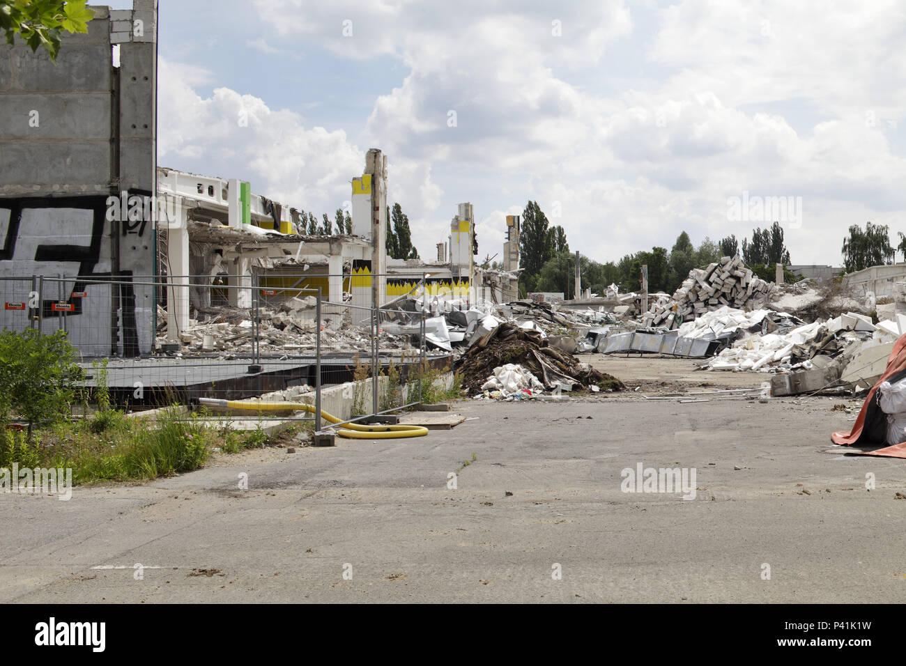 Berlin, Germany, Demolition Of A Furniture House In The Landsberger Allee  In Berlin Lichtenberg