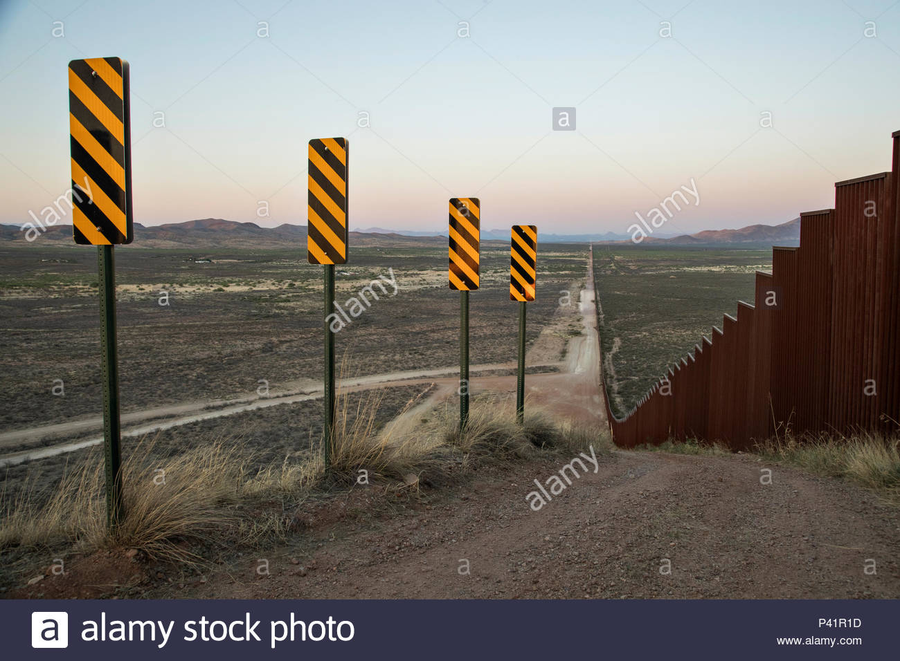 The United States-Mexico border wall in southern Arizona. - Stock Image