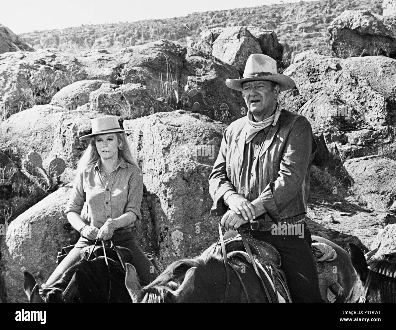 Original Film Title: THE TRAIN ROBBERS.  English Title: THE TRAIN ROBBERS.  Film Director: BURT KENNEDY.  Year: 1973.  Stars: JOHN WAYNE; ANN-MARGRET. Credit: WARNER BROTHERS / Album - Stock Image