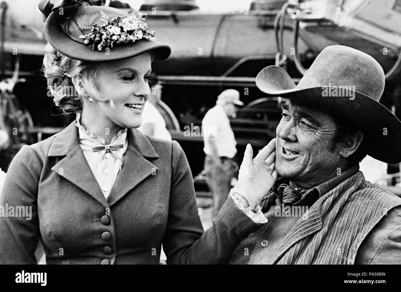 Original Film Title: THE TRAIN ROBBERS.  English Title: THE TRAIN ROBBERS.  Film Director: BURT KENNEDY.  Year: 1973.  Stars: BEN JOHNSON; ANN-MARGRET. Credit: WARNER BROTHERS / Album - Stock Image