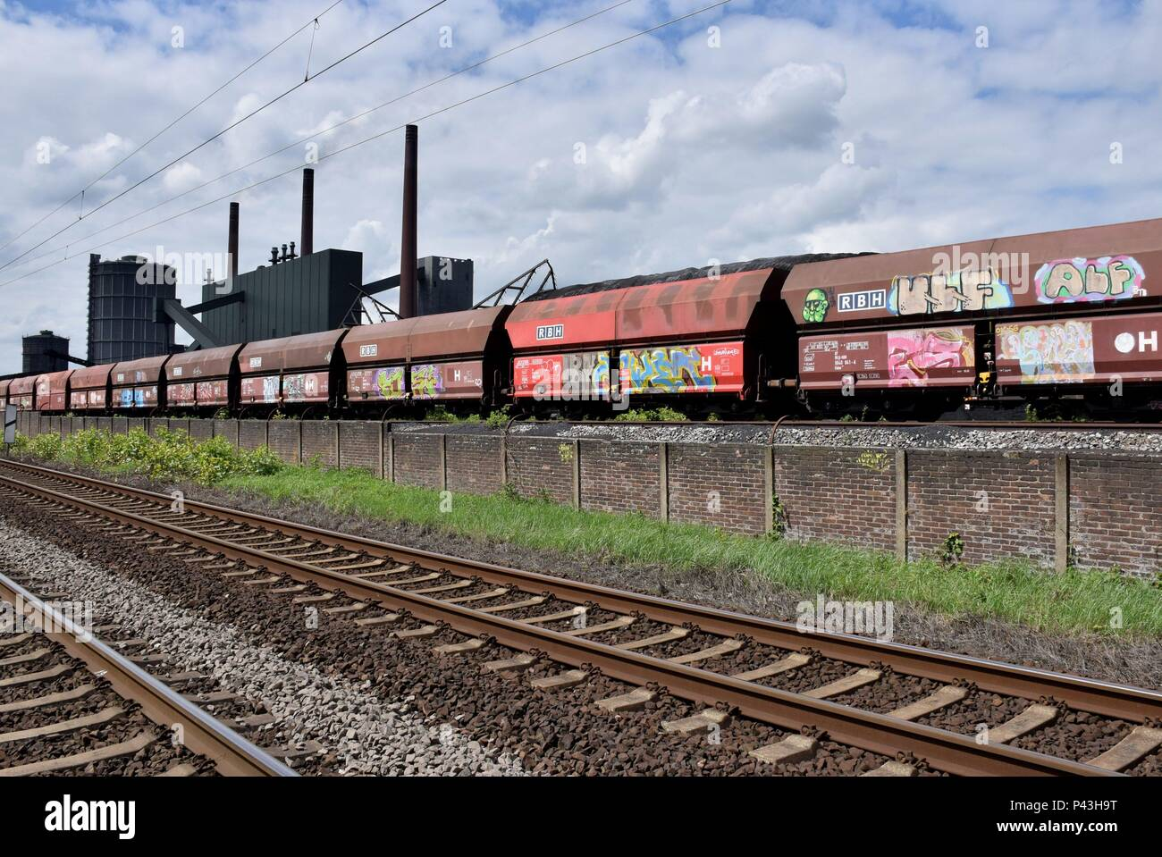 Graffiti on freight waggon for coal on 28.04.2018 in Bottrop - Germany. | usage worldwide - Stock Image
