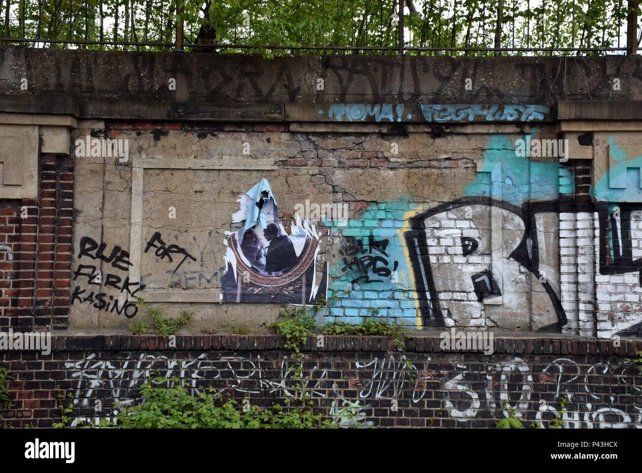 Graffiti on wall at main station on 29.04.2017 in Dortmund - Germany. | usage worldwide - Stock Image
