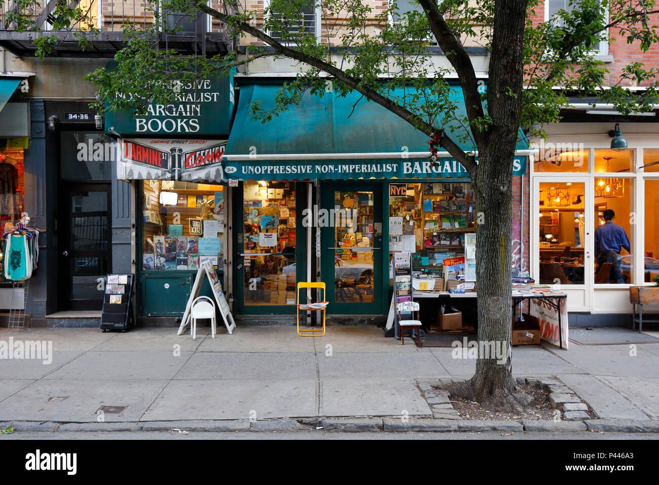 Unoppressive Non-imperialist Bargain Books, 34 Carmine St, New York, NY - Stock Image