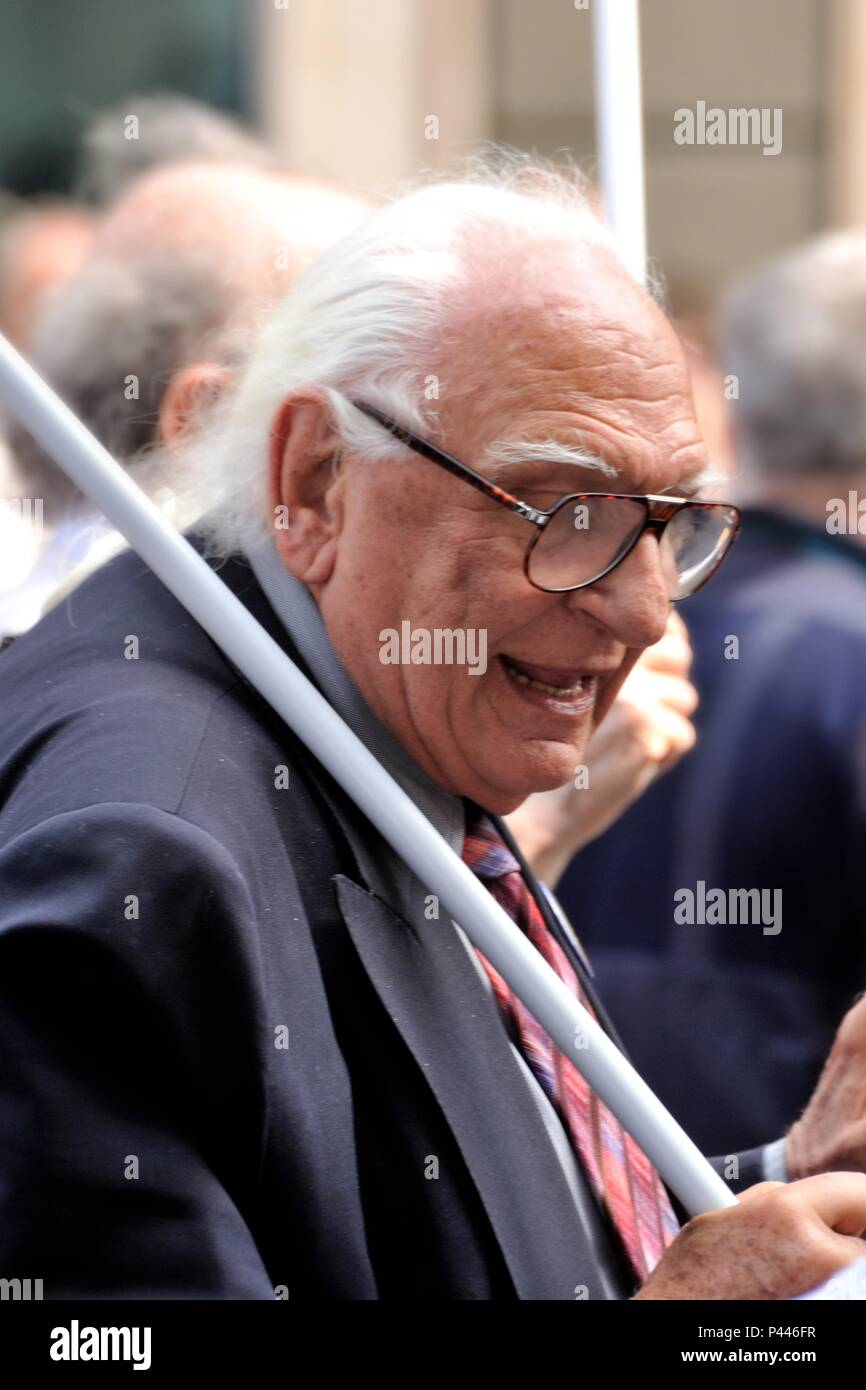 Marco Pannella during 25 April 2011 Procession in milano - Stock Image