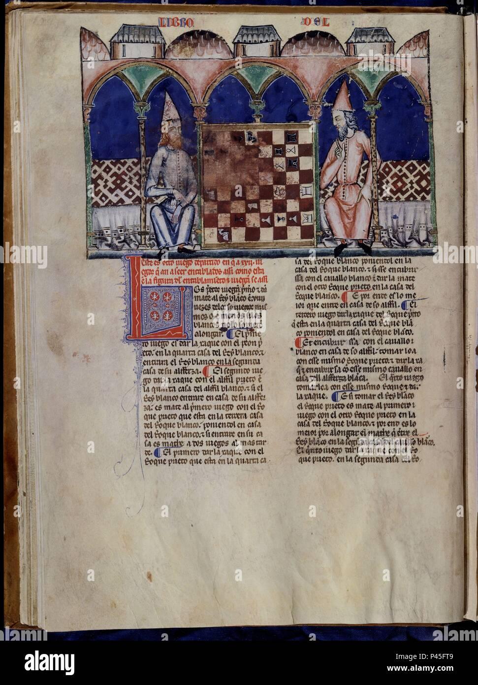 LIBRO DE JUEGOS O LIBRO DEL AJEDREZ DADOS Y TABLAS - 1283 - FOLIO 13V - DOS HOMBRES JUGANDO AL AJEDREZ - MANUSCRITO GOTICO. Author: Alfonso X of Castile the Wise (1221-1284). Location: MONASTERIO-BIBLIOTECA-COLECCION, SAN LORENZO DEL ESCORIAL, MADRID, SPAIN. - Stock Image