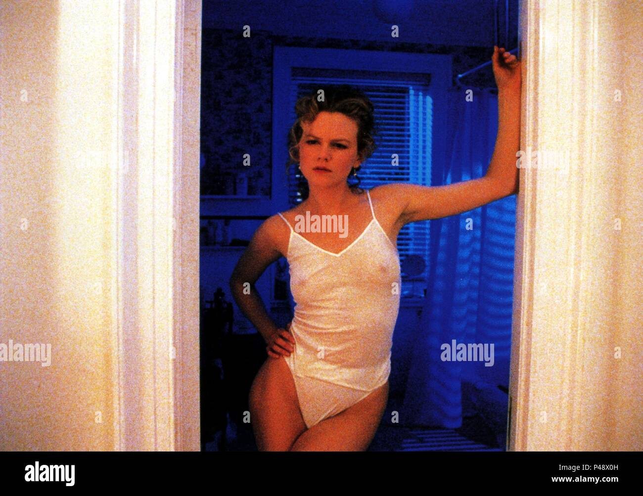 Original Film Title: EYES WIDE SHUT.  English Title: EYES WIDE SHUT.  Film Director: STANLEY KUBRICK.  Year: 1999.  Stars: NICOLE KIDMAN. Credit: WARNER BROS. PICTURES / Album - Stock Image