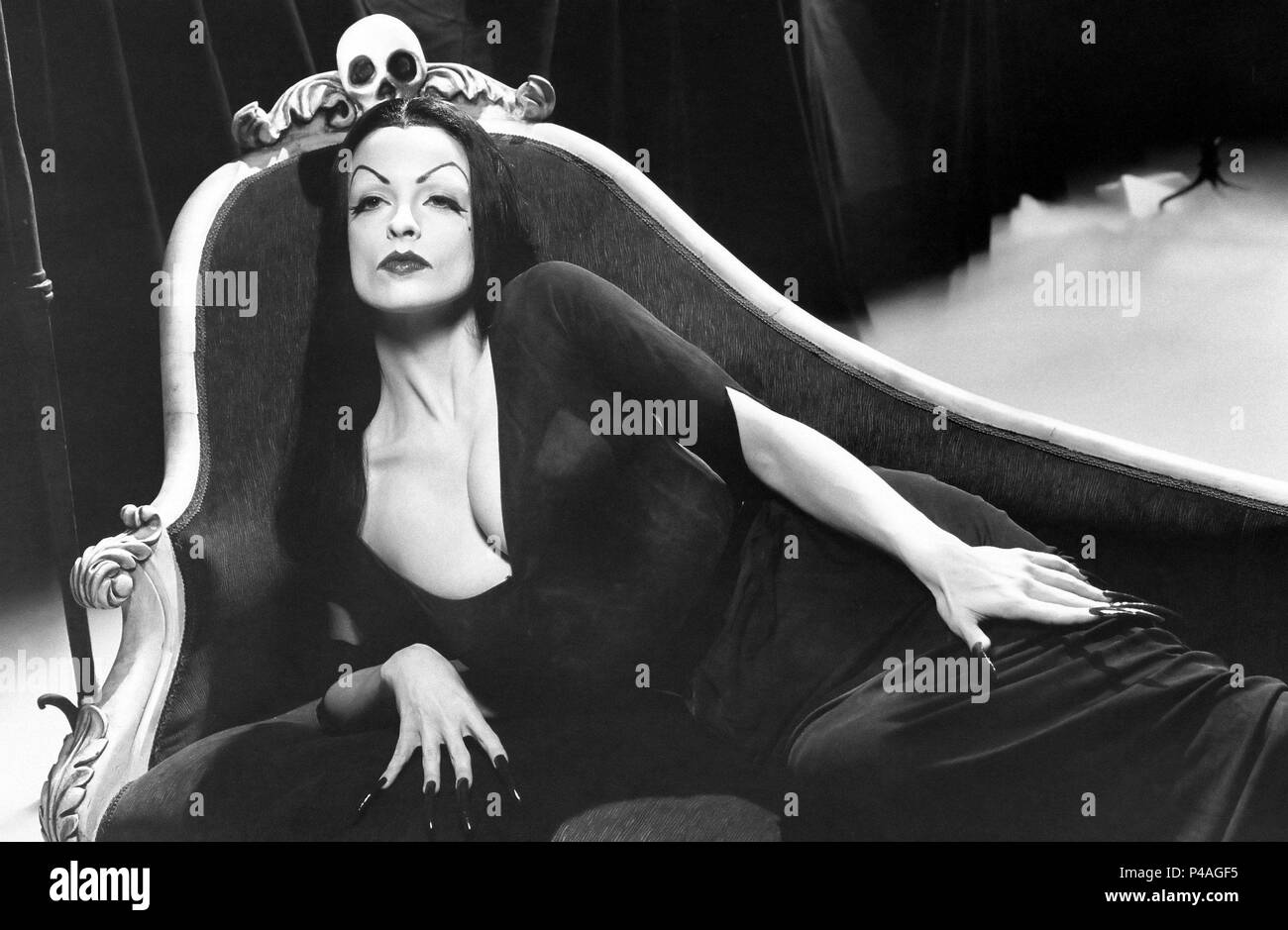 Original Film Title: ED WOOD.  English Title: ED WOOD.  Film Director: TIM BURTON.  Year: 1994.  Stars: LISA MARIE. Credit: TOUCHSTONE PICTURES / Album - Stock Image