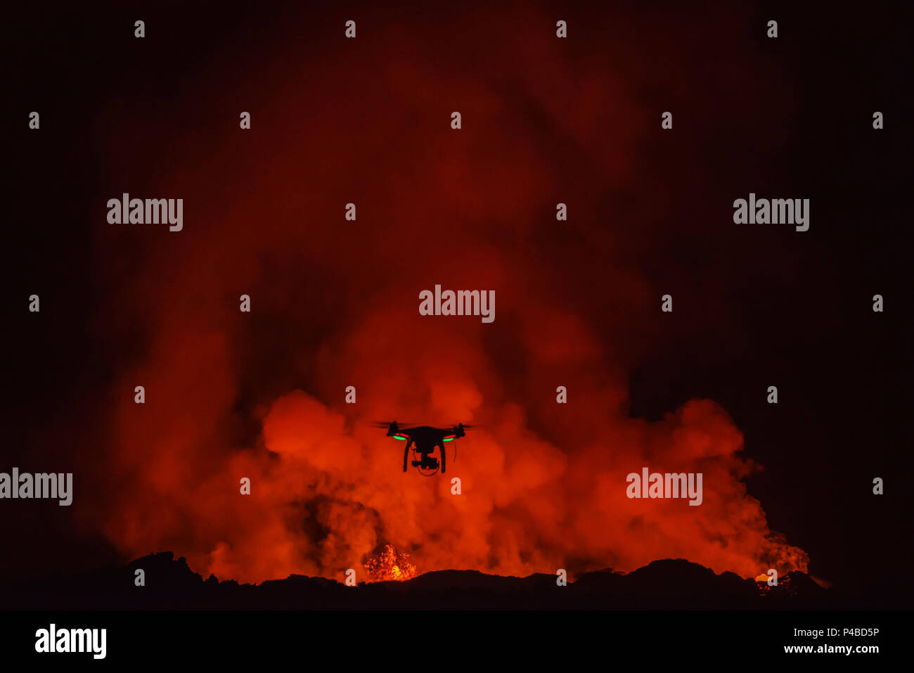 DJI Phantom 2 with GoPro, flying by the Holuhraun Fissure Eruption. August 29, 2014 a fissure eruption started in Holuhraun at the northern end of a magma intrusion, which had moved progressively north, from the Bardarbunga volcano. Bardarbunga is a stratovolcano located under Vatnajokull, Iceland's most extensive glacier, picture Date Sept. 20, 2014 - Stock Image
