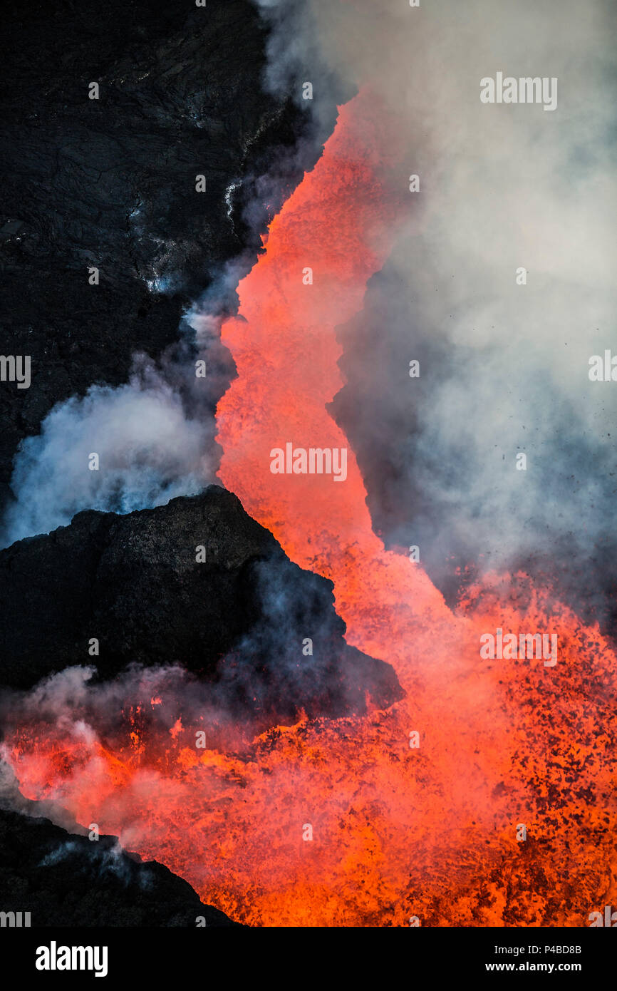 Aerial view of lava and plumes. August 29, 2014 a fissure eruption started in Holuhraun at the northern end of a magma intrusion, which had moved progressively north, from the Bardarbunga volcano. Bardarbunga is a stratovolcano located under Vatnajokull, Iceland's most extensive glacier. Picture Date-Sept. 28, 2014 Stock Photo