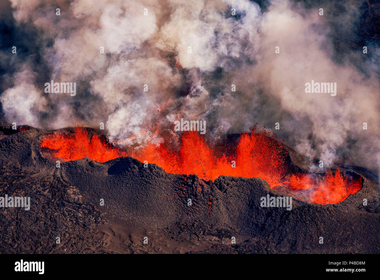Volcano eruption at the Holuhraun Fissure near the Bardarbunga Volcano, Iceland. August 29, 2014, a fissure eruption started in Holuhraun at the northern end of a magma intrusion which had moved progressively north, from the Bardarbunga volcano. Picture date Sept 3, 2014. - Stock Image