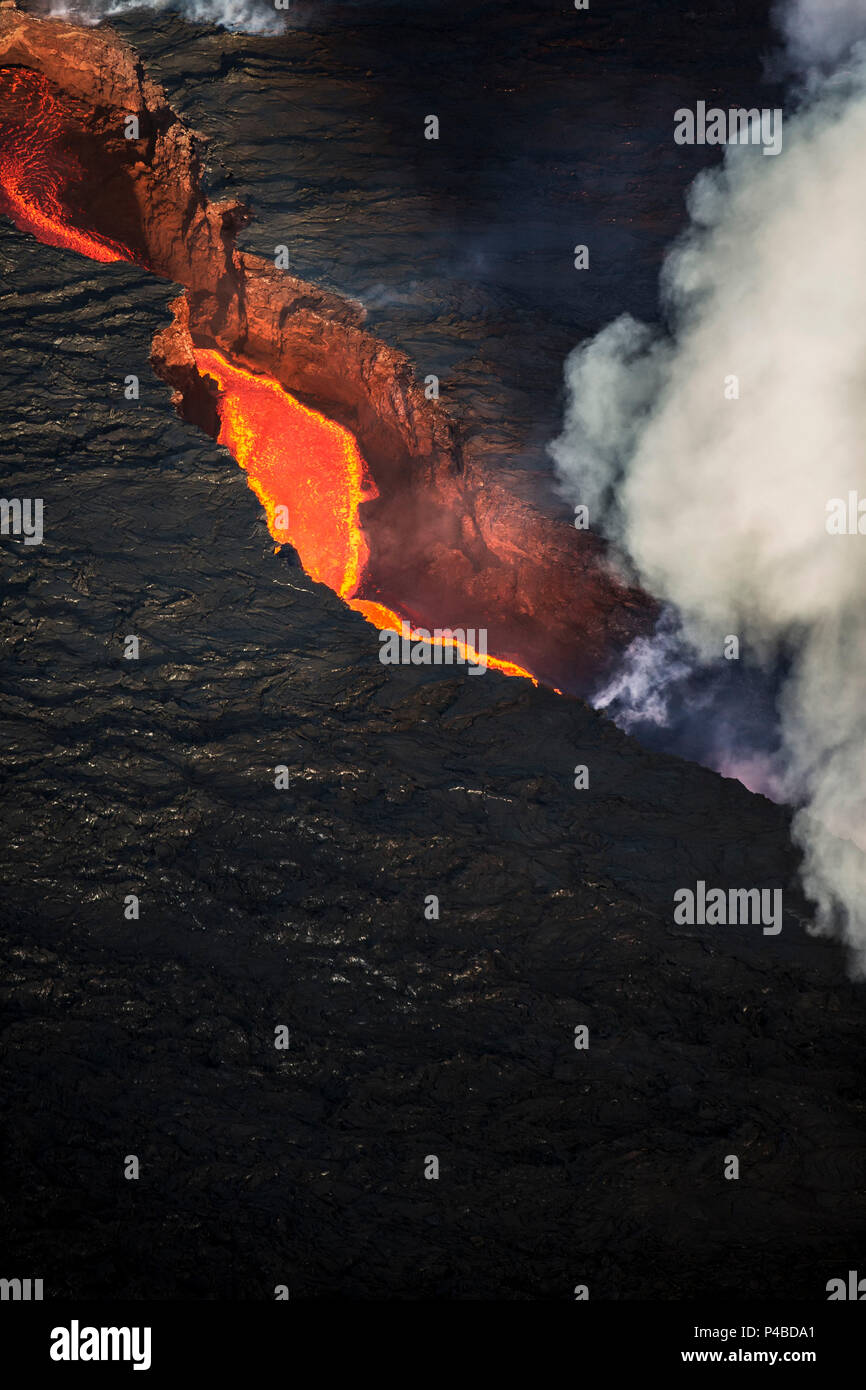 Aerial view of lava and plumes. August 29, 2014 a fissure eruption started in Holuhraun at the northern end of a magma intrusion, which had moved progressively north, from the Bardarbunga volcano. Bardarbunga is a stratovolcano located under Vatnajokull, Iceland's most extensive glacier. Picture Date-Sept. 28, 2014 - Stock Image