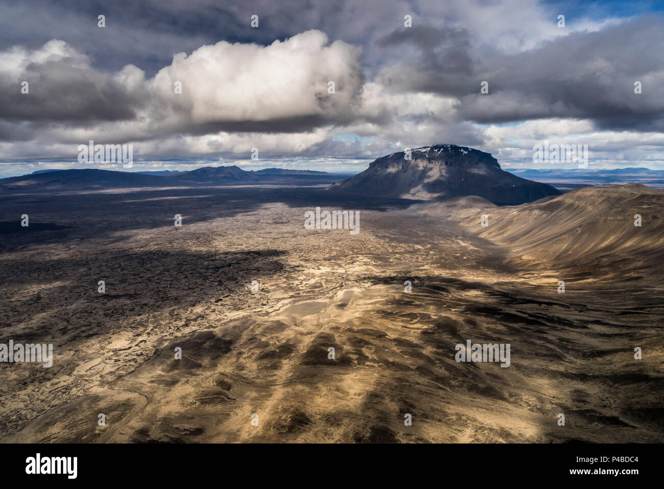 Mt. Herdubreid, Central Highlands, Iceland. Mt. Herdubreid is a high table mountain in the highlands and close to Askja volanco. It is also near the Holuhraun Lava Field. On August 29, 2014 a fissure eruption started in Holuhraun at the northern end of a magma intrusion, which had moved progressively north, from the Bardarbunga volcano. - Stock Image