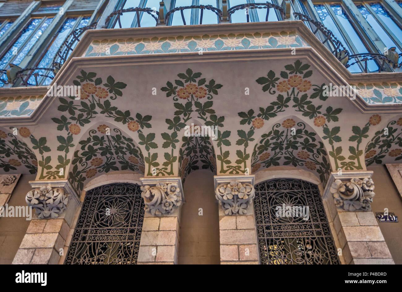 balcony detail, Barcelona City, Modernism architecture, Spain - Stock Image