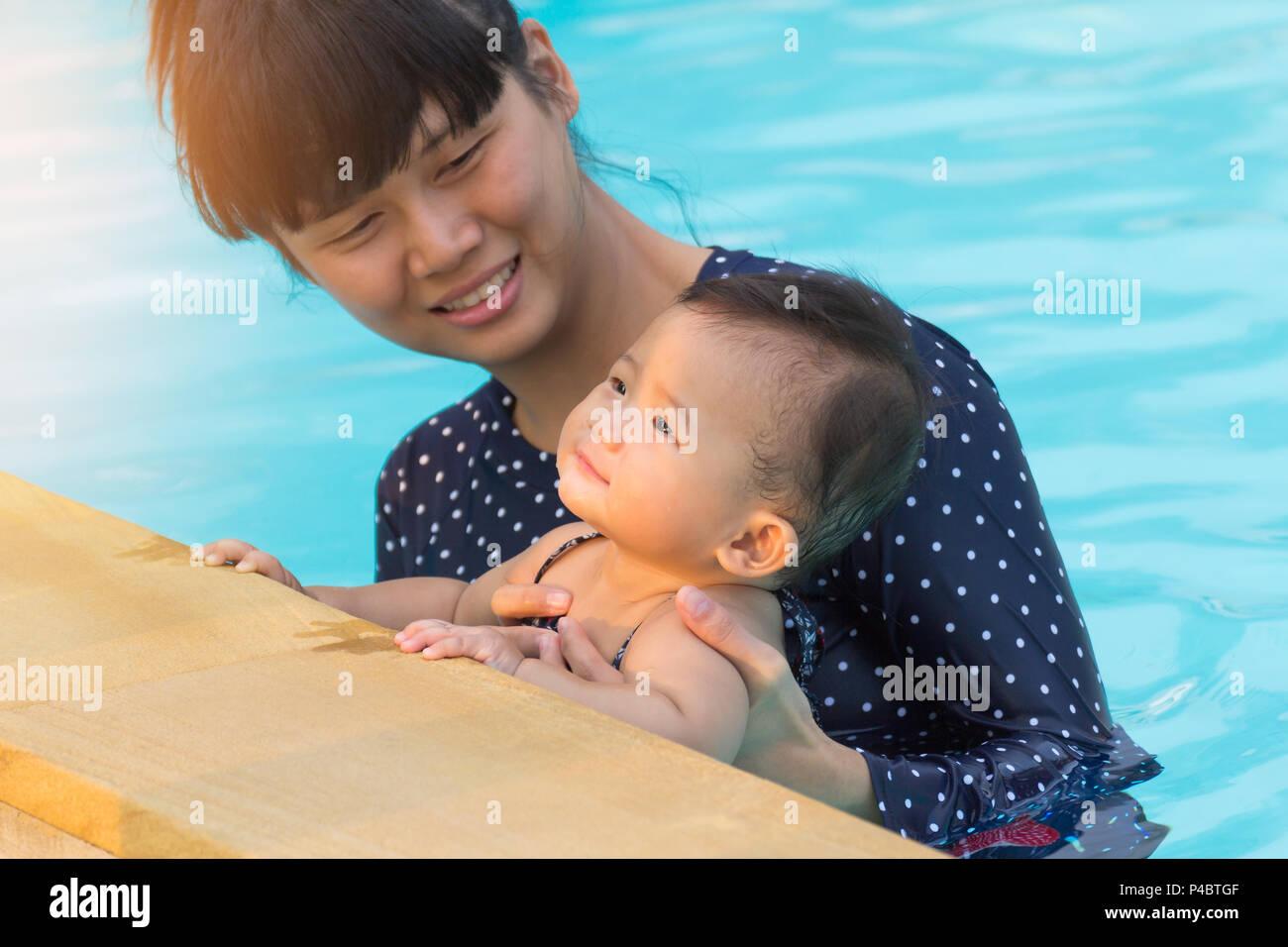Thai Woman Swimming Pool Stock Photos Thai Woman Swimming Pool Stock Images - Alamy-1999
