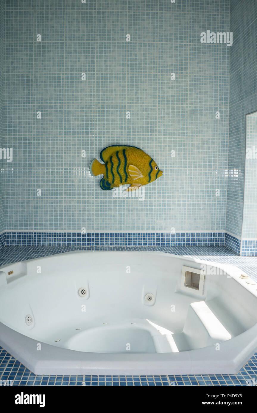 whirlpool indoor luxury relaxation nobody blue tiles Stock Photo ...
