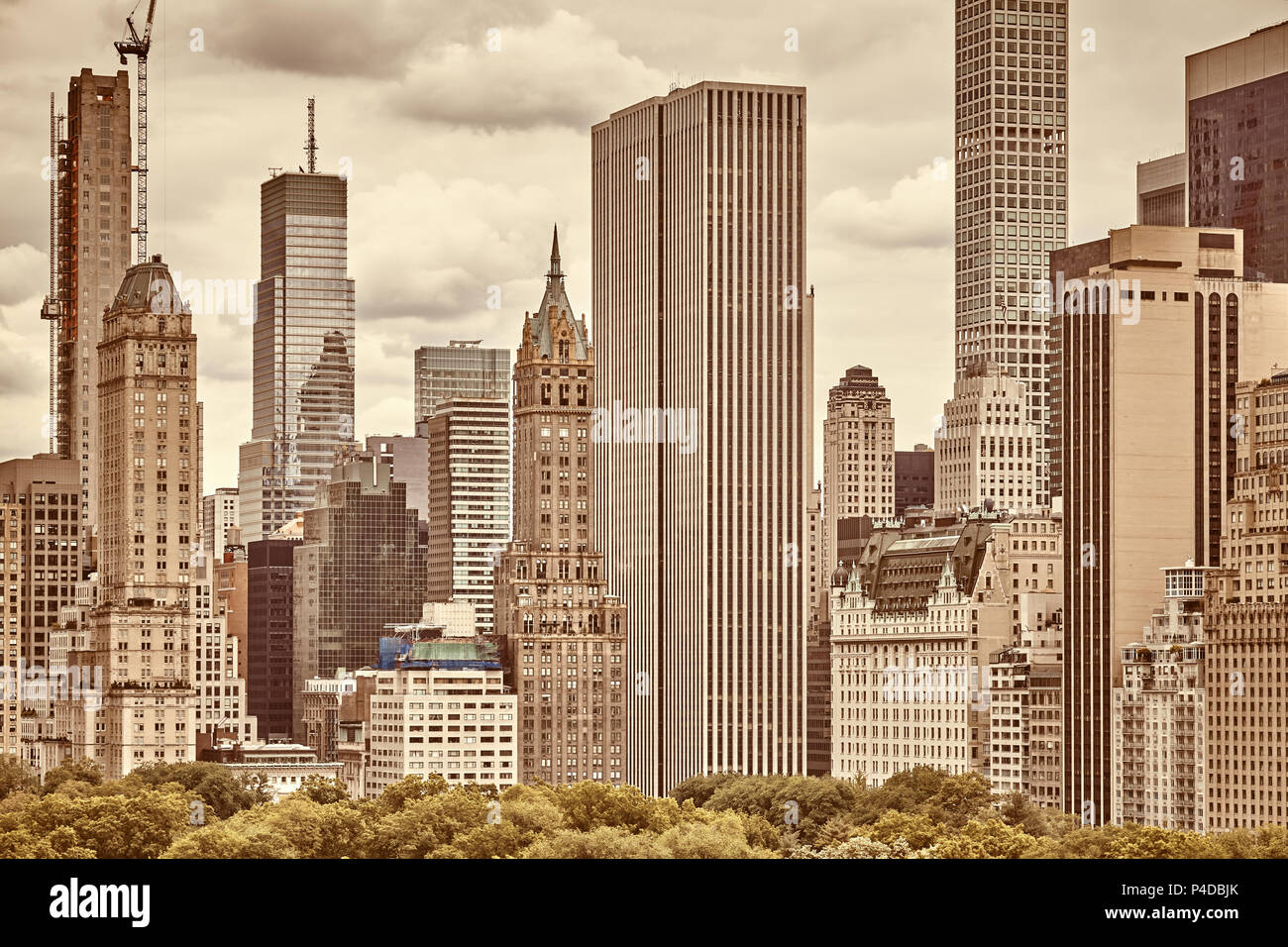 Sepia toned picture of the Manhattan skyline, New York City, USA. - Stock Image