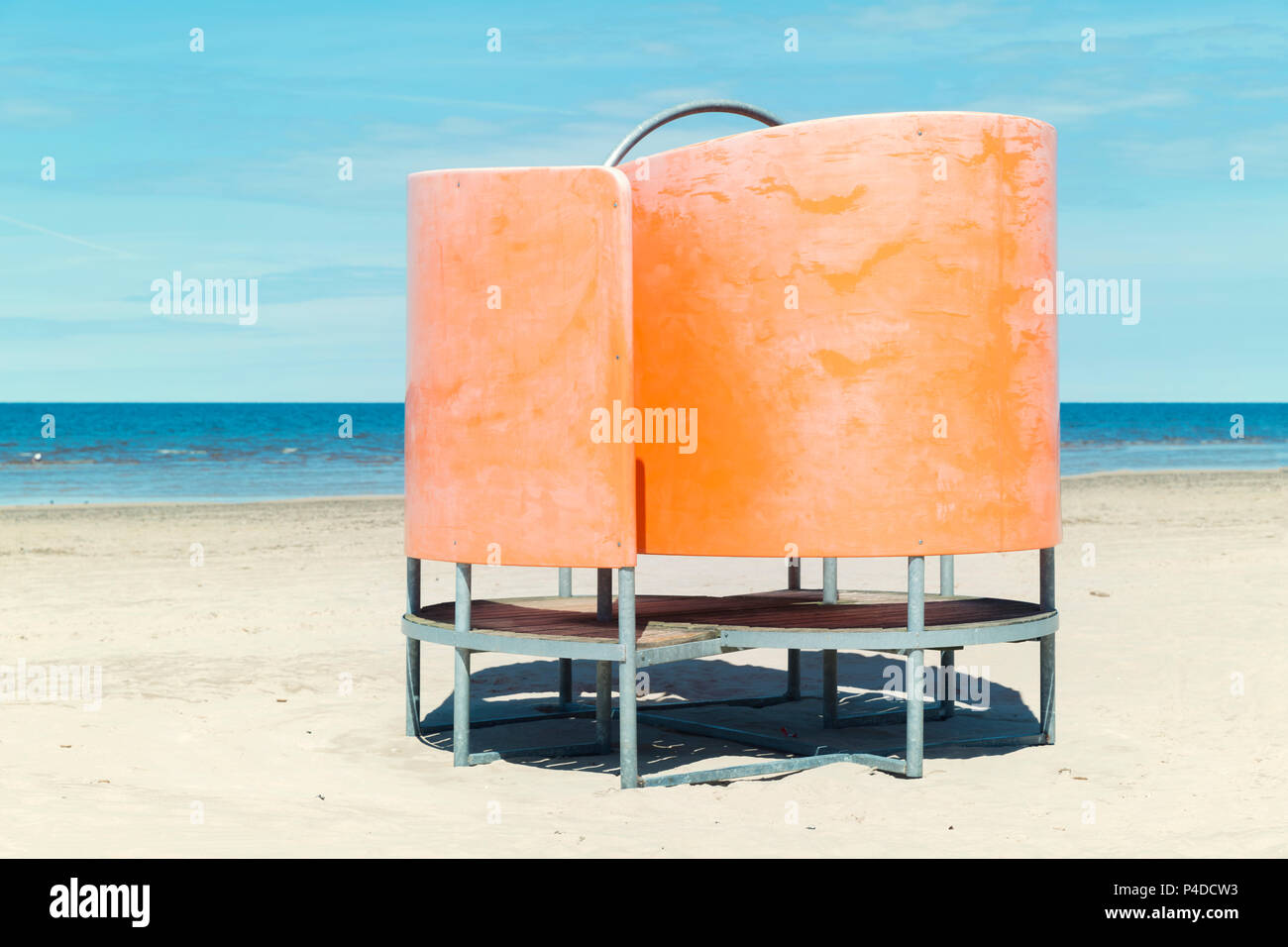 Dressing cabin on the beach. Beach-style changing room - Stock Image