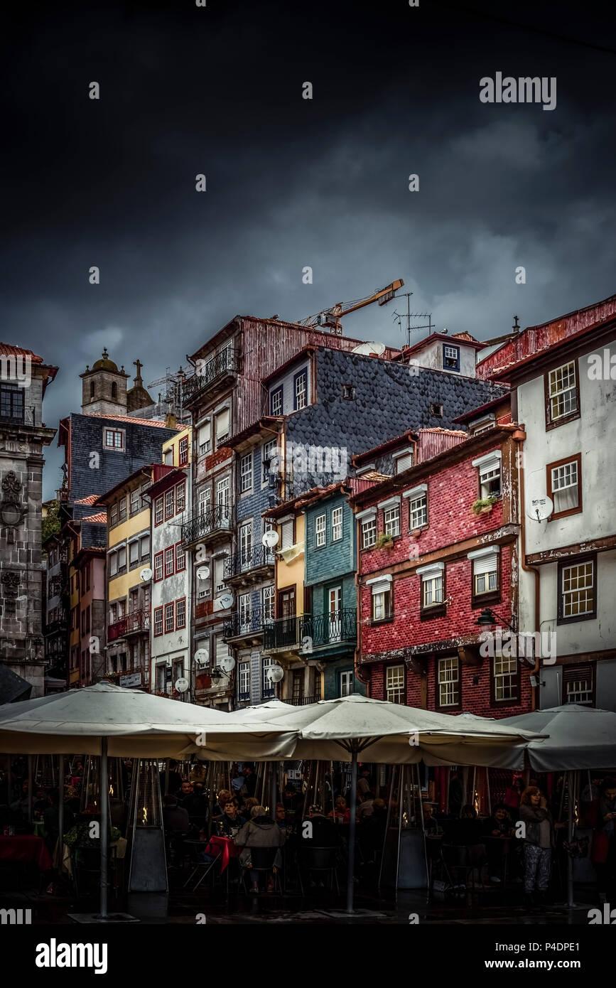 Europa, Portugal, Porto, Stadtteil, Altstadt, Douro, Viertel, Ribeira, Douro, Ufer - Stock Image