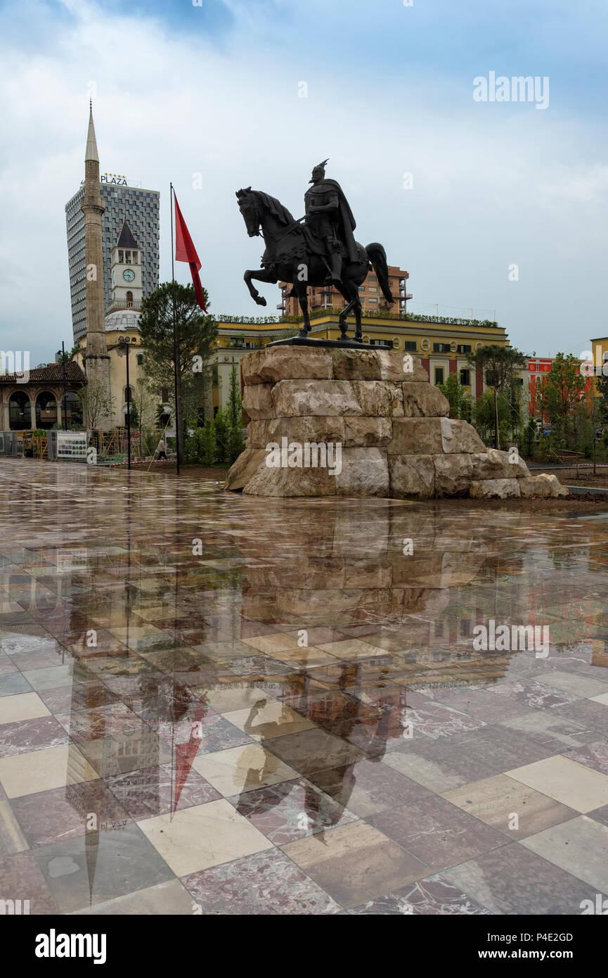 Equestrian statue of Skanderberg, Skanderberg square, Tirana, Albania - Stock Image