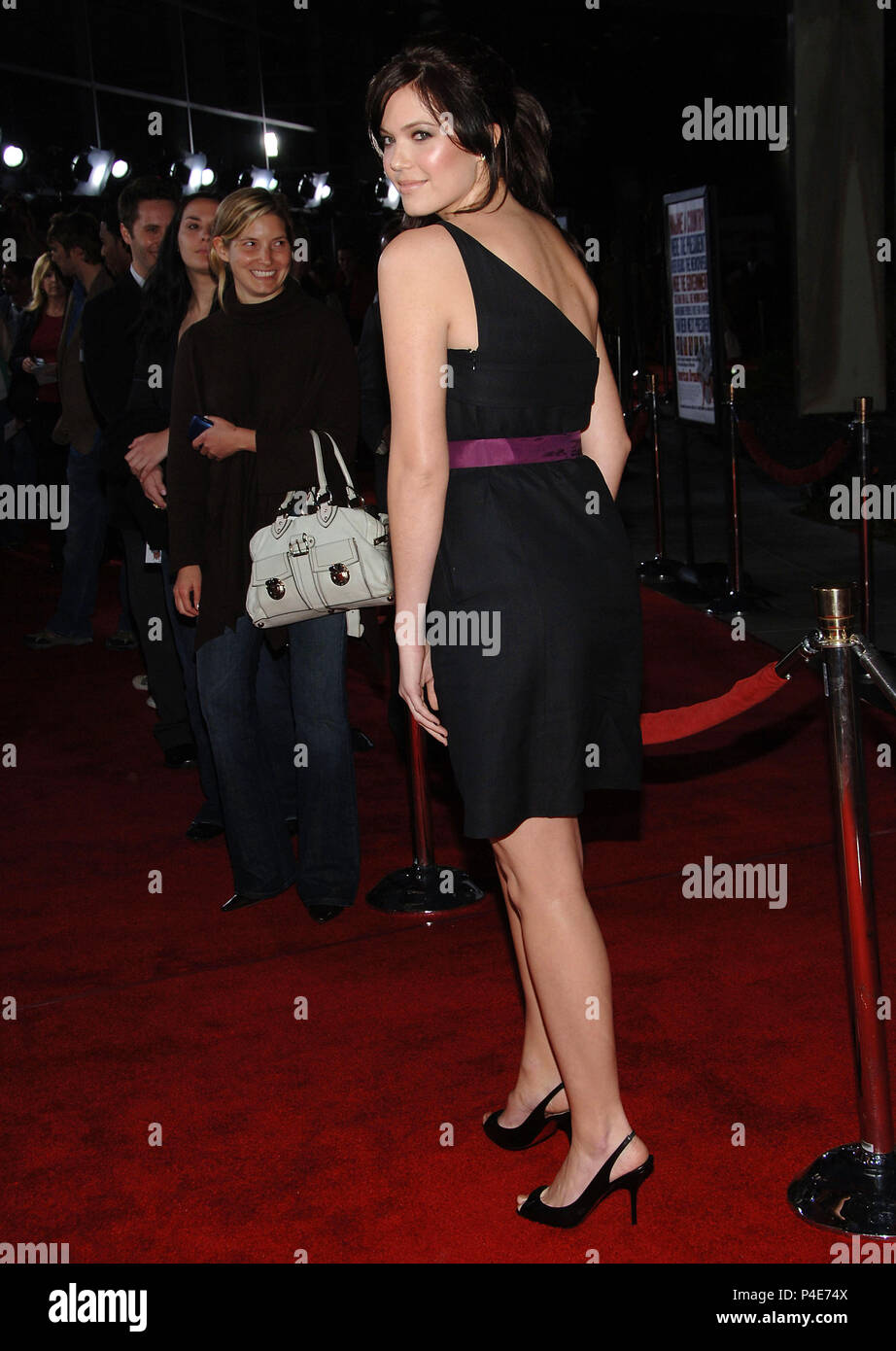 Mandy Moore arriving at the AMERICAN DREAMZ Premiere at the Arclight Theatre in Los Angeles. April 11 2006.03_MooreMandy123 Red Carpet Event, Vertical, USA, Film Industry, Celebrities,  Photography, Bestof, Arts Culture and Entertainment, Topix Celebrities fashion /  Vertical, Best of, Event in Hollywood Life - California,  Red Carpet and backstage, USA, Film Industry, Celebrities,  movie celebrities, TV celebrities, Music celebrities, Photography, Bestof, Arts Culture and Entertainment,  Topix, vertical, one person,, from the year , 2006, inquiry tsuni@Gamma-USA.com Fashion - Full Length - Stock Image