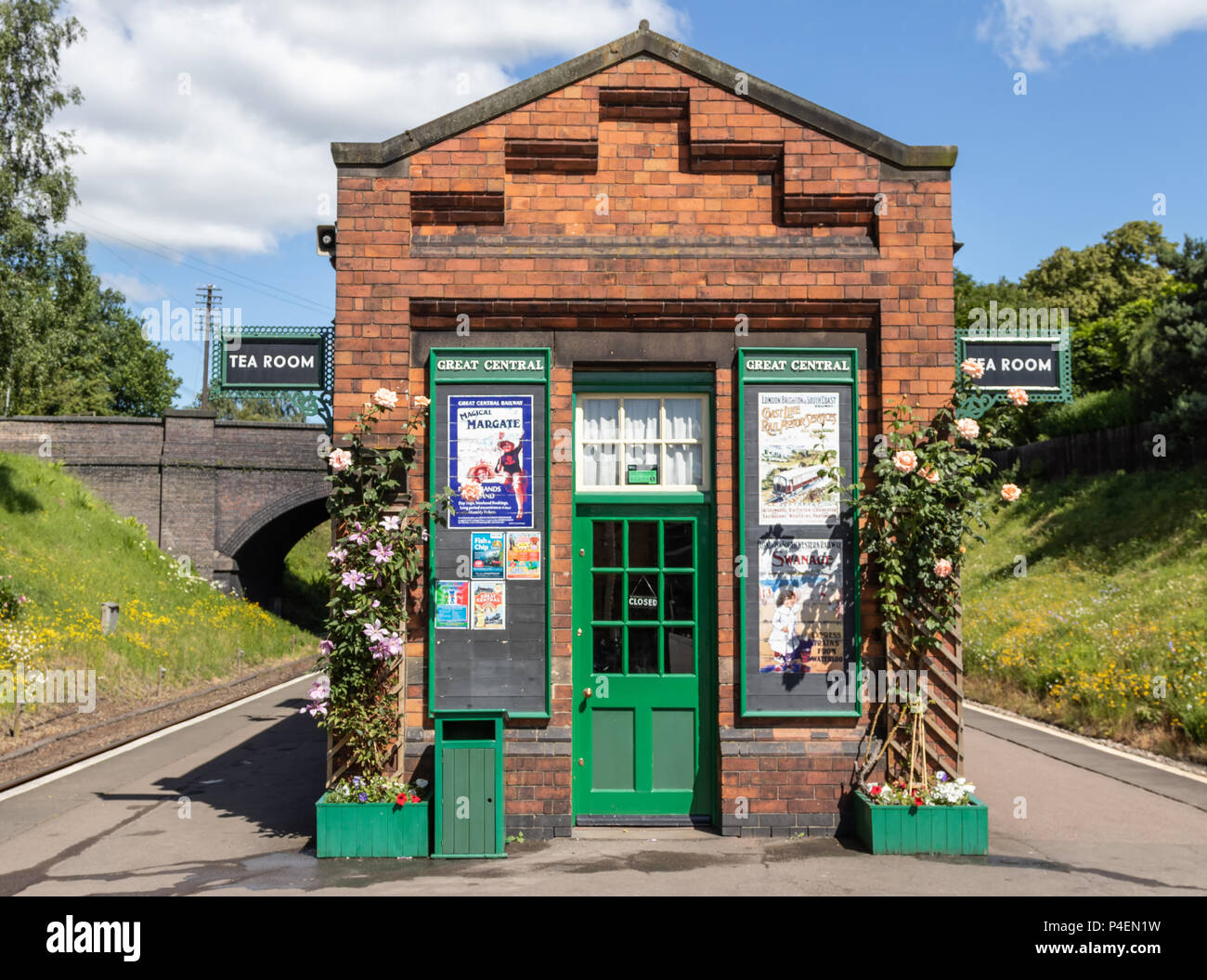 The Tea Room At The Great Central Railway At Rothley Station In Leicestershire - Stock Image