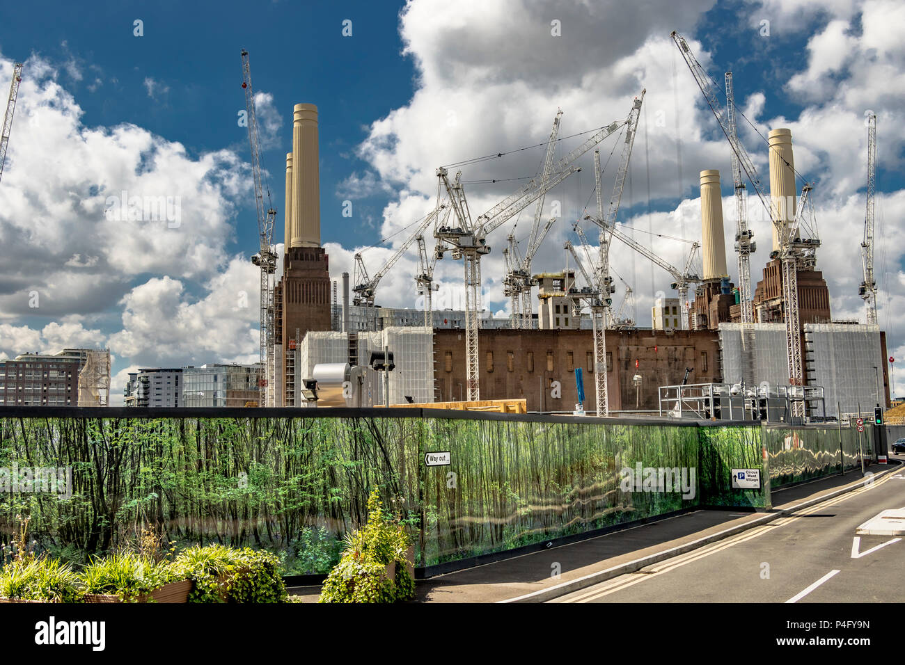 Construction continues on The Battersea Power Station redevelopment, a £9 billion project to regenerate the former Power station and London landmark - Stock Image