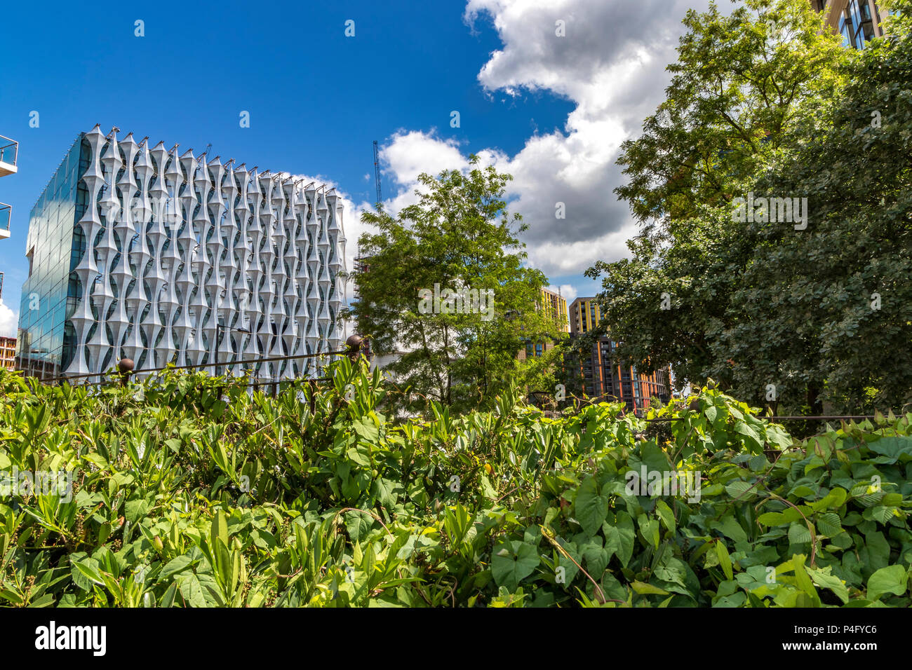 The new United States Embassy in London , which has ''sails'' on the exterior of the building which catch the sun , located in Nine Elms ,London SW11 - Stock Image