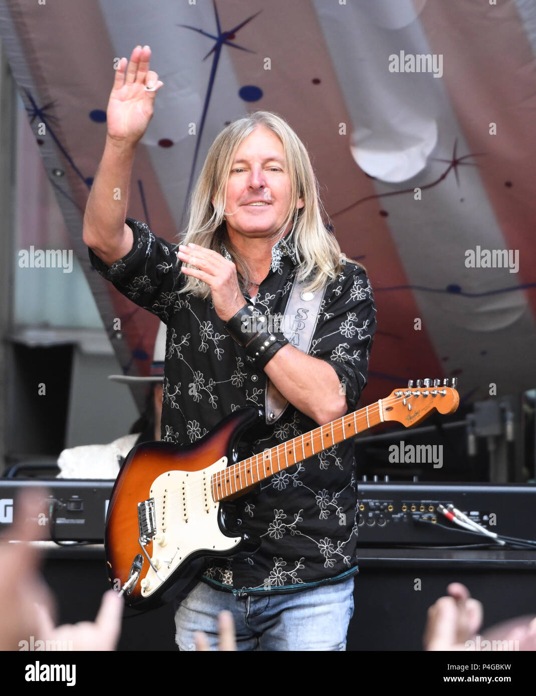 """New York, NY, USA. 21st June, 2018. Mark """"Sparky"""" Matejka of Lynyrd Skynyrd performs during 'FOX & Friends' All American Concert Series at FOX Studios on June 21, 2018 in New York City. Credit: John Palmer/Media Punch/Alamy Live News Stock Photo"""