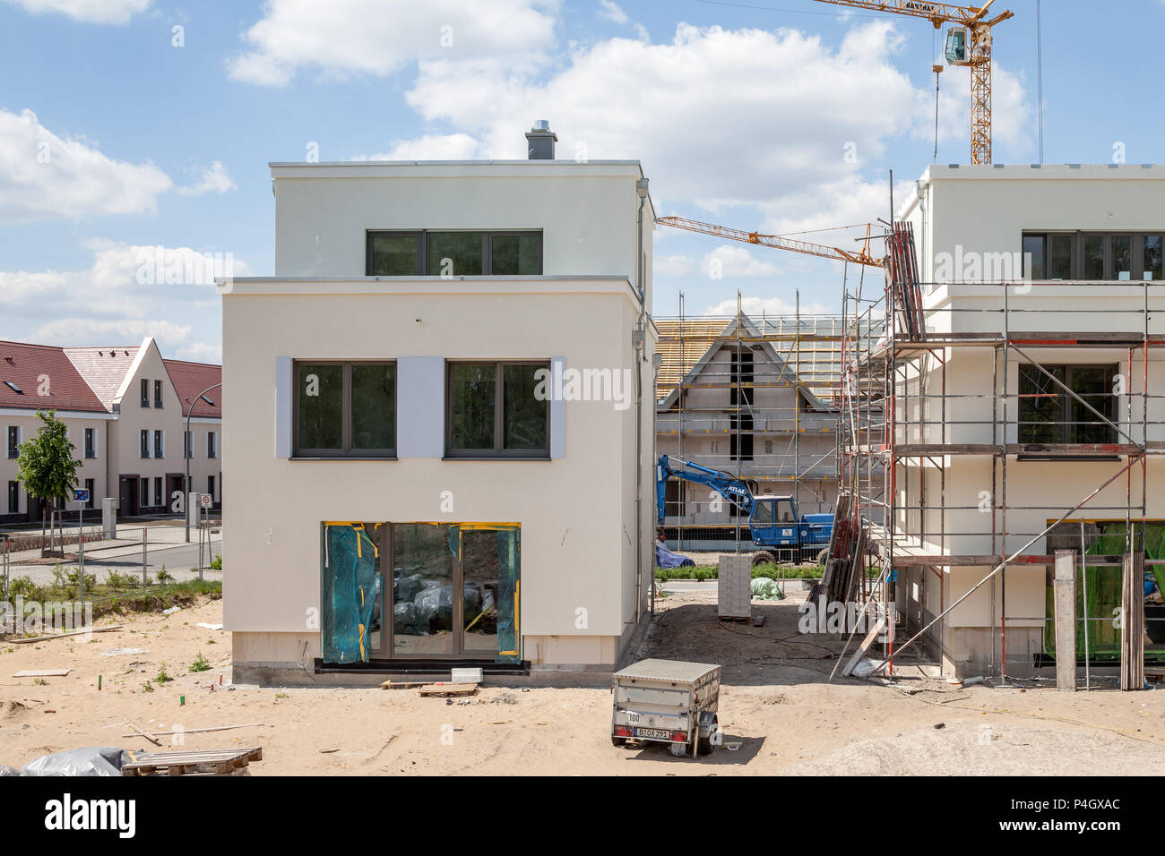Berlin Karlshorst Stock Photos Images Alamy Building Detatched Wiring Diagram Germany New Detached Housing Estate Gartenstadt Image