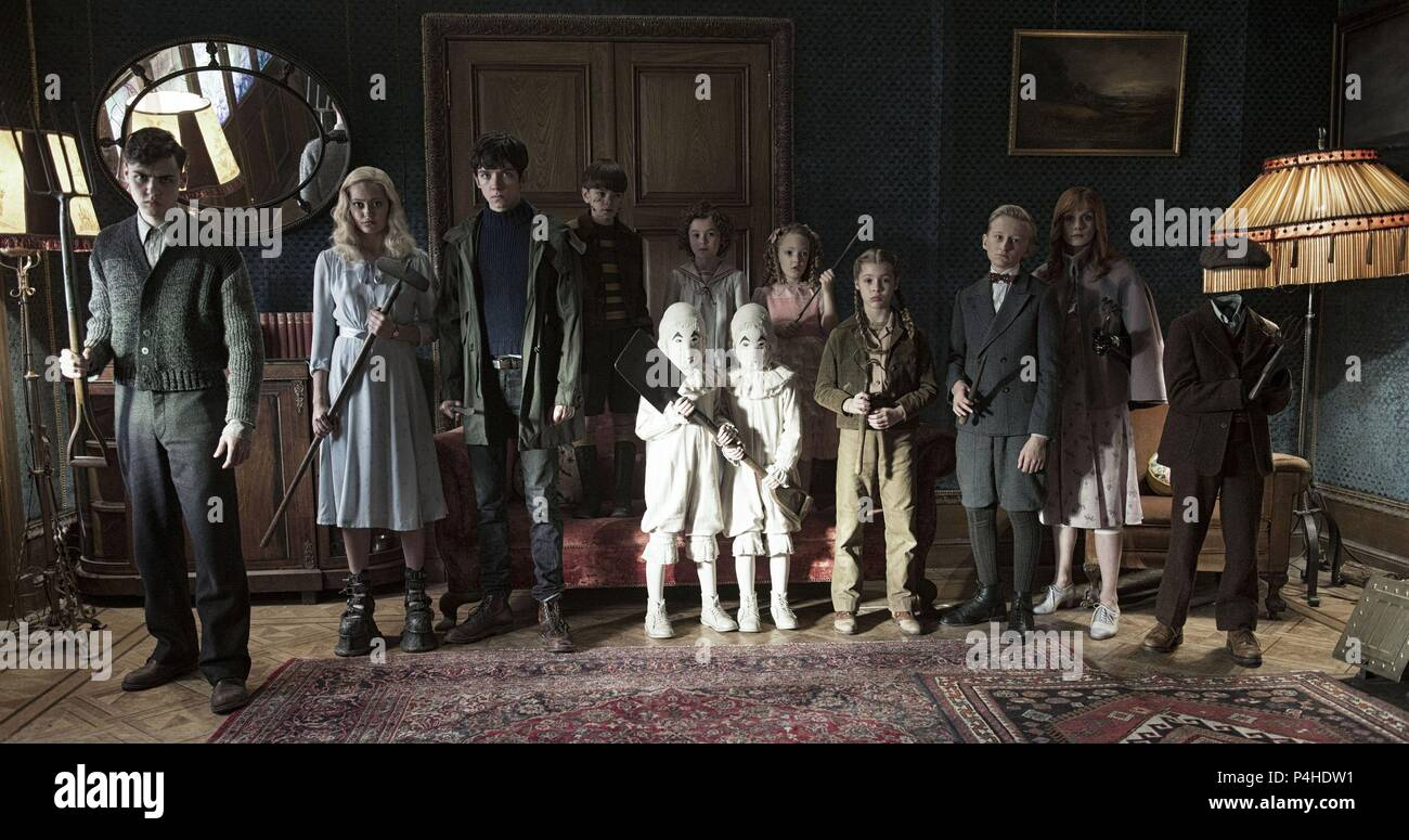 Original Film Title: MISS PEREGRINE'S HOME FOR PECULIAR CHILDREN.  English Title: MISS PEREGRINE'S HOME FOR PECULIAR CHILDREN.  Film Director: TIM BURTON.  Year: 2016. Credit: CHERNIN ENTERTAINEMENT/ ST. PETERSBURG CLEARWATER FILM COMMI / Album - Stock Image