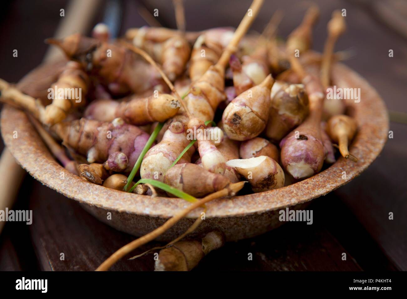 A bowl of Jerusalem artichokes Stock Photo