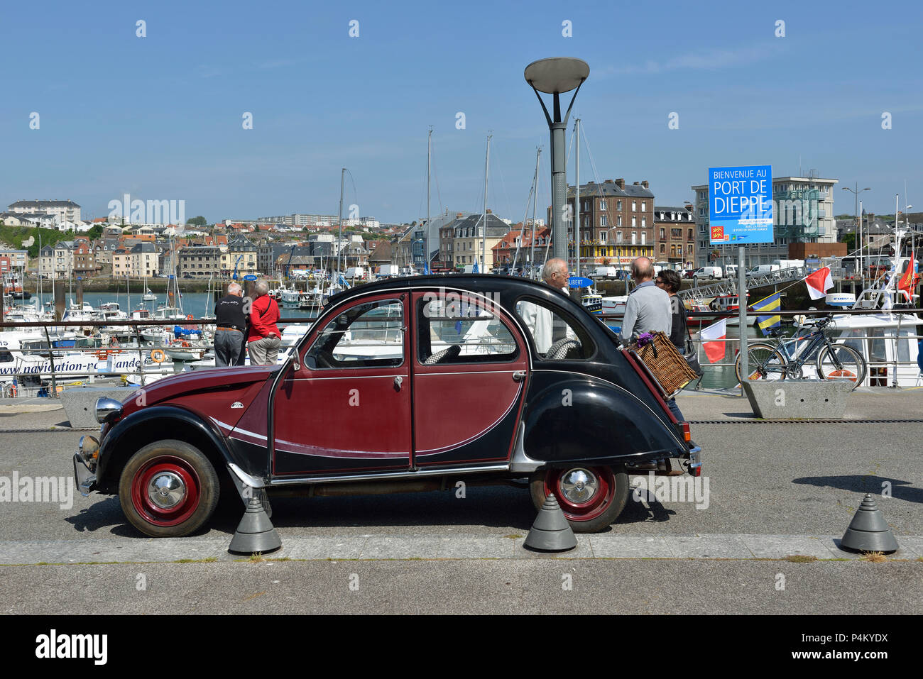 citron 2cv stock photos  u0026 citron 2cv stock images