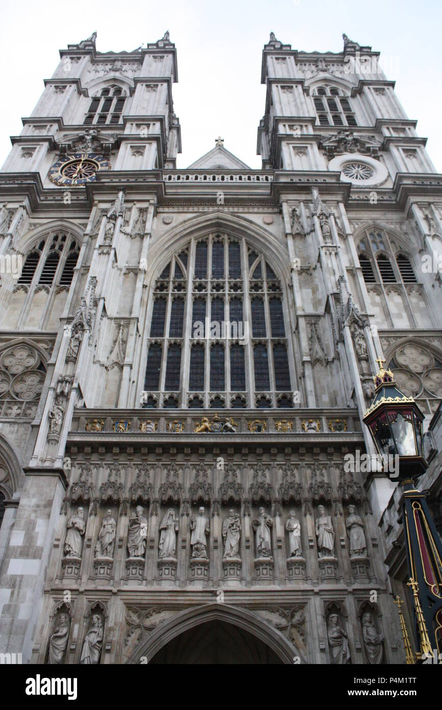 perspective shot of Westminster Abbey - Stock Image