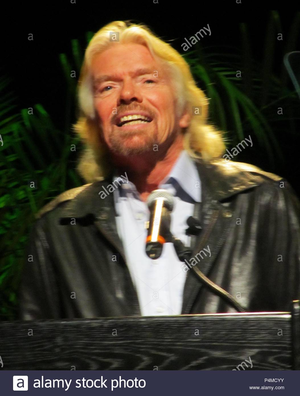 Richard Branson Announces That Virgin Is Working On Of Electric Cars