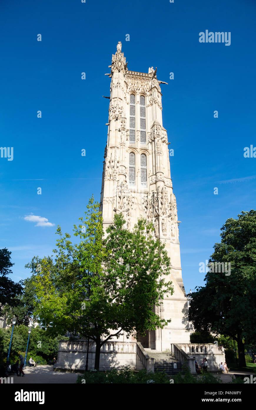 saint jacques tower stock photos saint jacques tower stock images alamy. Black Bedroom Furniture Sets. Home Design Ideas