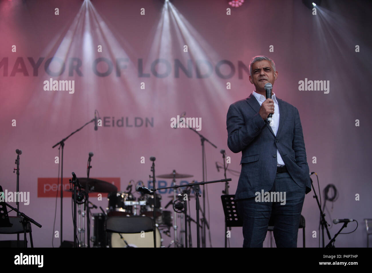 London, UK. 23rd June 2018. Sadiq Khan London Mayor speaking in the stage of Trafalgar Square that today was celebrating Eid, the Muslim religious holiday that marks the end of the holy  month of  Ramadan that marks the end of Sawm @Paul Quezada-Neiman Credit: Paul Quezada-Neiman/Alamy Live News - Stock Image